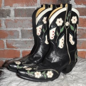 Back at the RANCH Floral Leather Cowboy Boots 10
